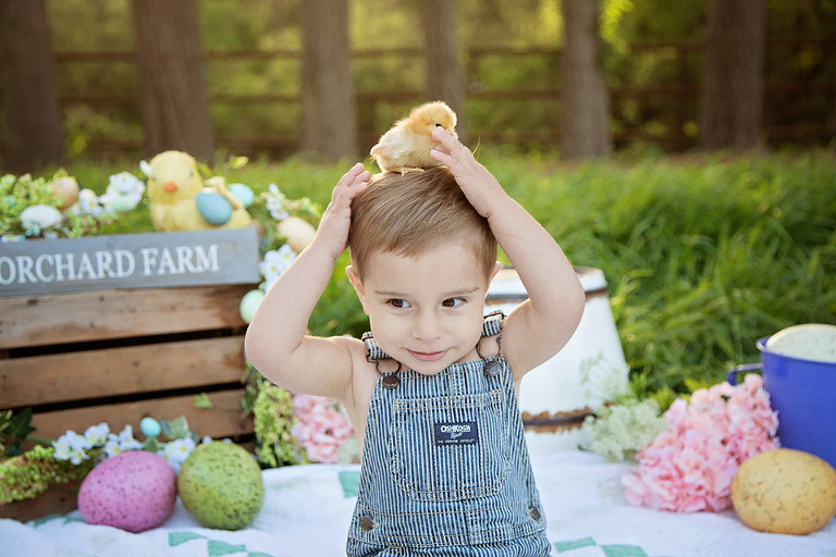 Cute easter picture ideas child photography central coast newborn when planning cute easter picture ideas think spring colors and baby animals i like soft pastels and natural tones to give the image a spring look negle Images